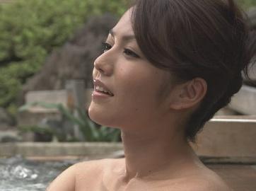 Isoyama_sayaka